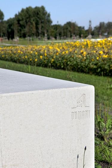MH17 monument Du Mont Beton