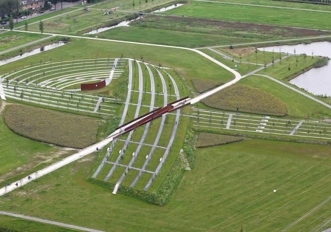 MH17 monument vanuit de lucht.